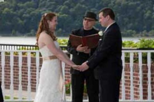CHOOSING THE RIGHT OFFICIANT