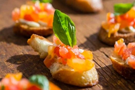 THE CATERING: CHOOSING THE BEST CATERER