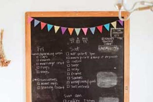 STAYING ORGANIZED WITH A WEDDING CHECKLIST